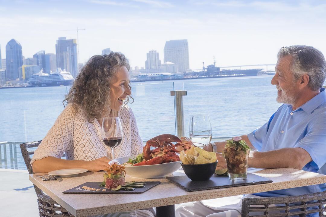 Couple dining at Coasterra