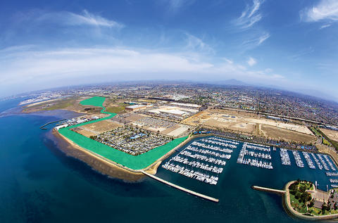 Aerial of the Chula Vista Bayront highlights the areas where the future Sweetwater and Harbor Parks are planned.