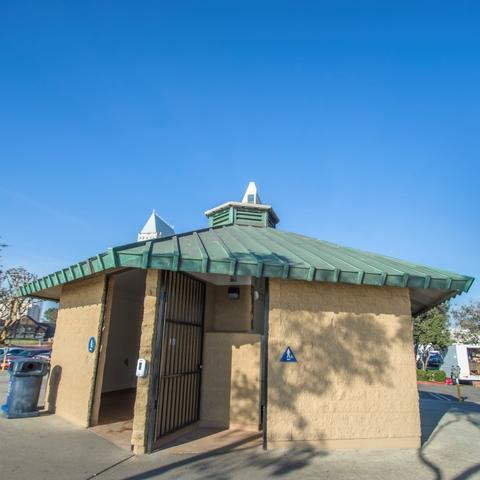 Restroom at Embarcadero Marina Park North at the Port of San Diego